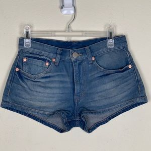 BDG- Midrise Medium Wash Shorts size 25